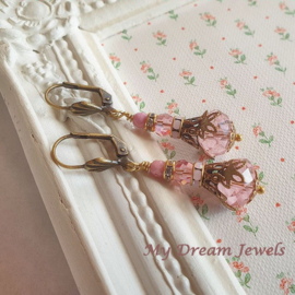 Romantische Vintage Stijl Oorhangers Swarovski Light Pink