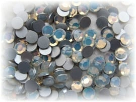 Swarovski 2000 platte steen White Opal 6,2mm