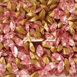 Swarovski 4200/2 Navette Light Rose 10x5mm
