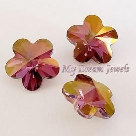 Swarovski 4744 Flower Crystal Lilac Shadow