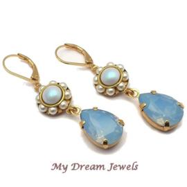 Oorhangers Vintage Swarovski Flower Pearl Blue Opal