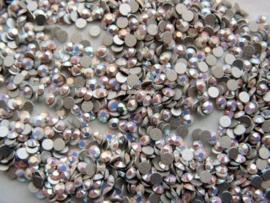 Swarovski 2028 platte steen Chalkwhite AB 2,6mm per 12 stuks