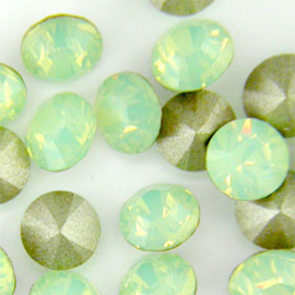 Swarovski puntsteen Chrysolite Opal 4,0mm ( PP32 )