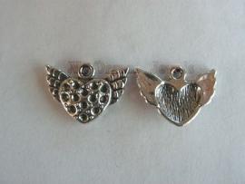 Bedel Zilverkleurig Hart met vleugels voor Swarovski puntstenen PP14 (2,0mm)