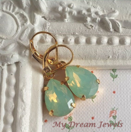 Oorhangers Swarovski Druppel Chrysolite Opal