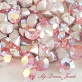 Swarovski 1028 puntsteen Light Rose AB 2,4mm per 12 stuks
