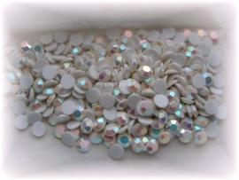 Swarovski 2000 platte steen Chalkwhite AB 6,2mm