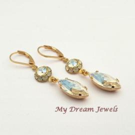 Oorhangers Vintage Swarovski White Opal/Crystal Moonlight