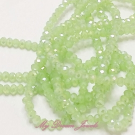 Facet Kralen Light Green Opal AB 4x3mm  per streng