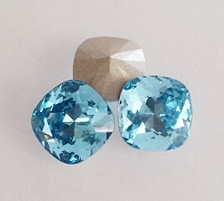 Swarovski 4470 Square Aquamarine 10x10mm