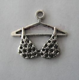 Bedel Antiek Zilverkleurig Bikinitop voor Swarovski puntstenen PP14 (2,0mm)