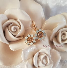 Oorbellen Swarovski Vintage Flower White Opal/Light Peach
