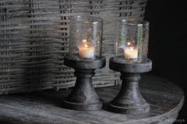Waxinelicht op houten voet