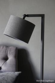 Leeslamp Aura Peeperkorn ''Dunne Haas'' 130 cm (lichtgrijze buis)