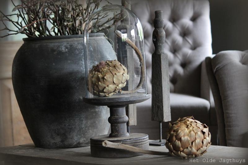 Stolp op houten voet ''Vintage Grey''
