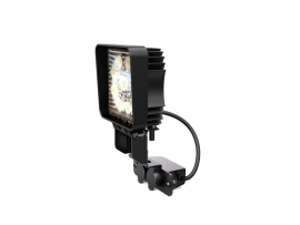 FRONT RUNNER 4100MM LED FLOOD LIGHT W BRACKET