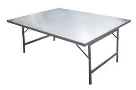 Tisch mit Aluminiumplatte  0,60 x 1,50 x 0,80 mm