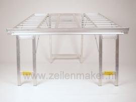 Schräg Tisch 120 x 120 (A1017)