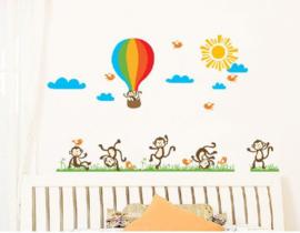 Muursticker aapjes met luchtballon
