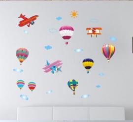 Muursticker luchtballonnen en vliegtuigjes