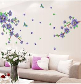 Muursticker met tak en paarse bloesem