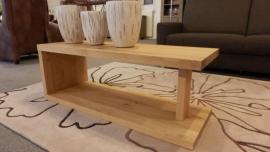 Salon/sta tafel Bari