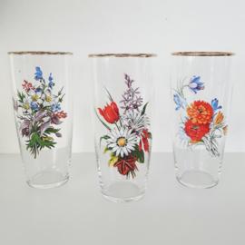 Vintage bloemenglazen