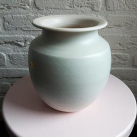 Grote lichtgroene vaas