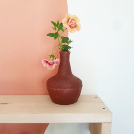 Terracotta minivaasje