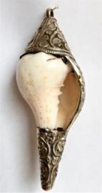 Pendentif en coquillage