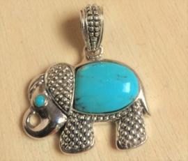 Pendentif éléphant en argent avec turquoise
