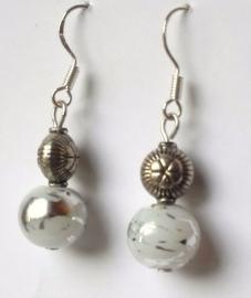 Boucles d'oreilles argent et perle blanche