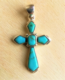 Pendentif Crois Turquoise