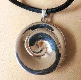 Zilveren hanger Maori Koru enkelvoudig
