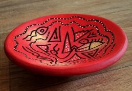 Bol africain peint à la main rouge