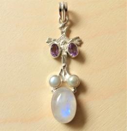 Kruis hanger zilver met edelsteen