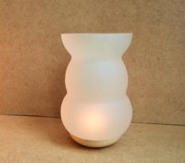 Une Lampe d`aroma Fleur de vie