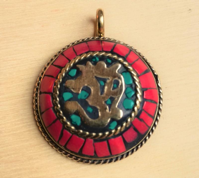 Tibetaans hanger Ohm
