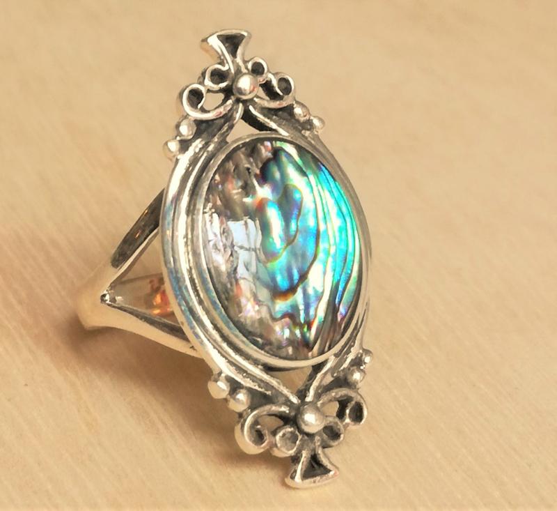 Ring met Abalone schelp