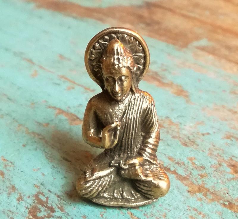 Minibeeldje Boeddha Vairochana