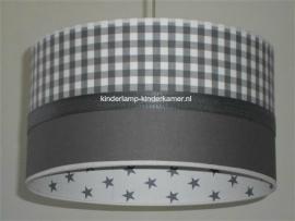 kinderlamp taupe ruitje en wit grijze sterretjes