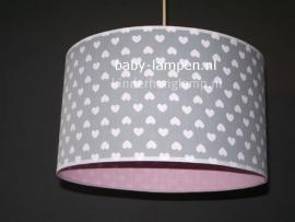 kinderlamp grijs witte hartjes effen roze