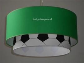 Kinderlamp dubbele lampenkap effen groen en zwart wit voetbal stof