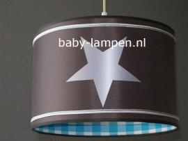 kinderlamp taupe zilveren sterren en bandjes aqua ruitje