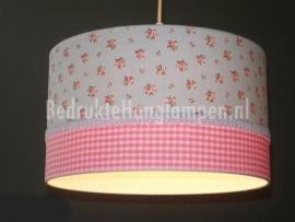 kinderlamp lichtblauw roosjes en roze ruitje