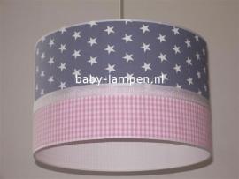 kinderlamp grijs witte sterren en roze ruitje