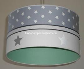 kinderlamp grijs witte sterretjes zilveren sterren en mint groen