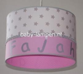 Kinderlamp met naam wit zilveren sterren en roze