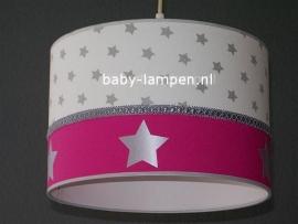 kinderlamp wit zilveren sterren en fuchsia