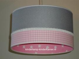 kinderlamp grijs stipje roze ruitje en sterren